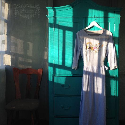 Платье `Август` в лучах февральского солнца.