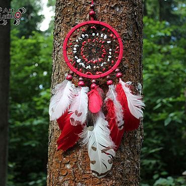 Feng Shui handmade. Livemaster - original item Dream catcher with feathers of the snowy owl, coral and quartz, 35 cm. Handmade.