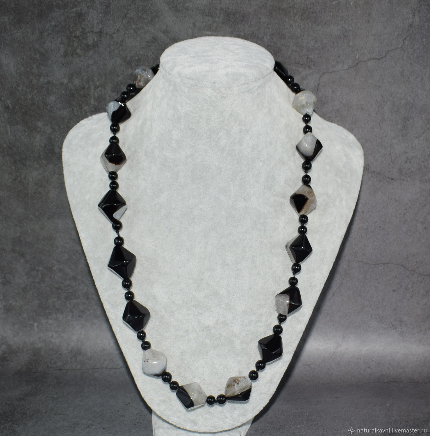 Black and white necklace black agate natural stones, Necklace, Moscow,  Фото №1