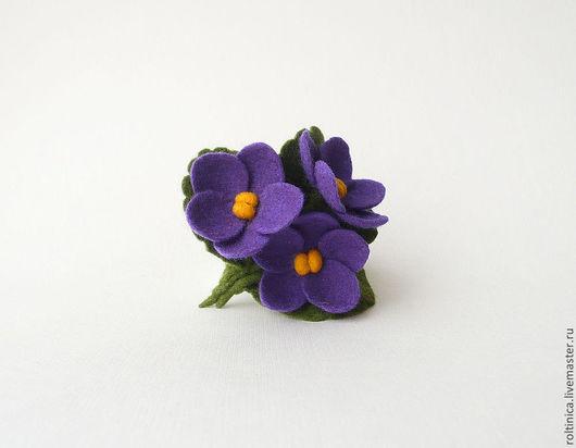 Вариант 3. Сделан на заказ. Диаметр каждого цветочка 3 см.