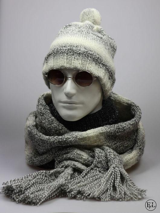 """Для мужчин, ручной работы. Ярмарка Мастеров - ручная работа. Купить Мужской комплект """"Шапка + шарф (серый меланж)"""". Handmade."""