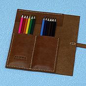 Пеналы ручной работы. Ярмарка Мастеров - ручная работа Кожаный пенал скрутка для карандашей и ручек тёмно-рыжего цвета. Handmade.