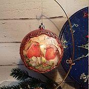 """Подарки к праздникам ручной работы. Ярмарка Мастеров - ручная работа Шарик """"Снегири"""". Handmade."""