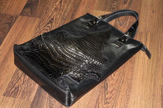 Женские сумки ручной работы. Ярмарка Мастеров - ручная работа. Купить Сумка-пакет с декором из кожи крокодила. Handmade. Черный