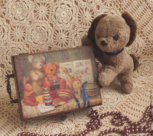 """Шкатулки ручной работы. Ярмарка Мастеров - ручная работа. Купить Шкатулка """"Моё детство"""". Handmade. Коричневый, щенок, винтажные игрушки"""