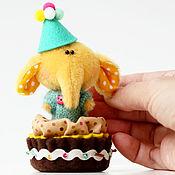 Куклы и игрушки ручной работы. Ярмарка Мастеров - ручная работа Миниатюрный тедди слоник - Друг мишки тедди - подарок!. Handmade.