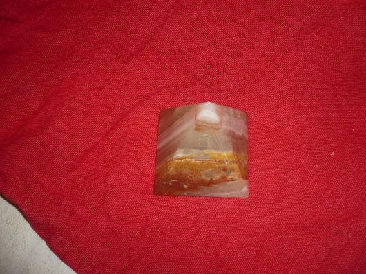Статуэтки ручной работы. Ярмарка Мастеров - ручная работа. Купить Оникс (Египетская пирамидка). Handmade. Желтый, оникс, пресс-папье