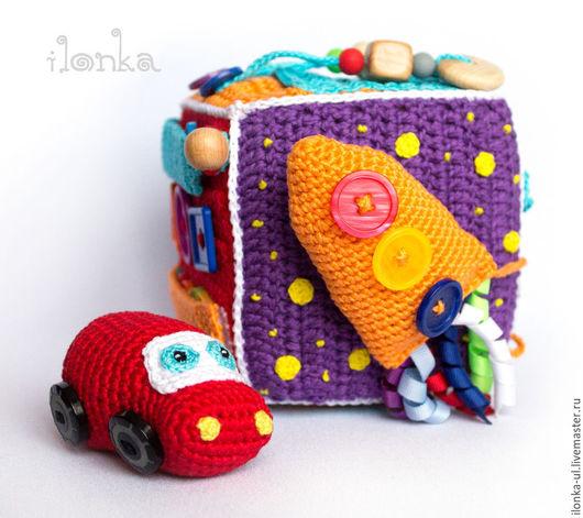 Развивающие игрушки ручной работы. Ярмарка Мастеров - ручная работа. Купить Развивающий кубик для мальчика. Handmade. Разноцветный, подарок малышу