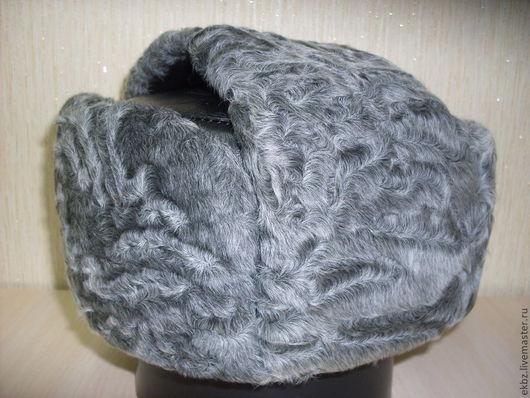Форменная шапка для полковников. Полная ушанка.Внутри кожаная. Утеплённая стёганным подкладочной тканью.