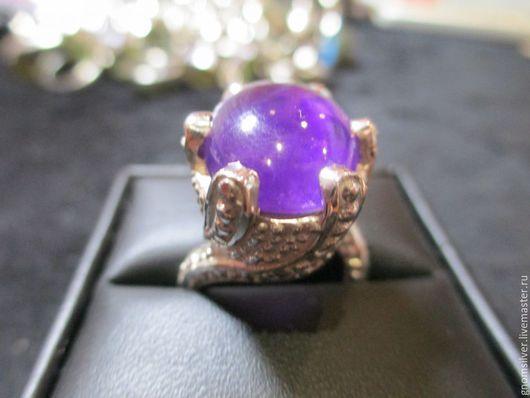 Кольца ручной работы. Ярмарка Мастеров - ручная работа. Купить Уникальное авторское кольцо с фиолетовым аметистом из Бразилии. Handmade. Фиолетовый