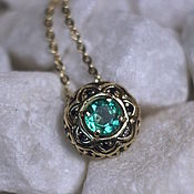 Украшения handmade. Livemaster - original item Rose des Vents pendant with Emerald in gold. Handmade.