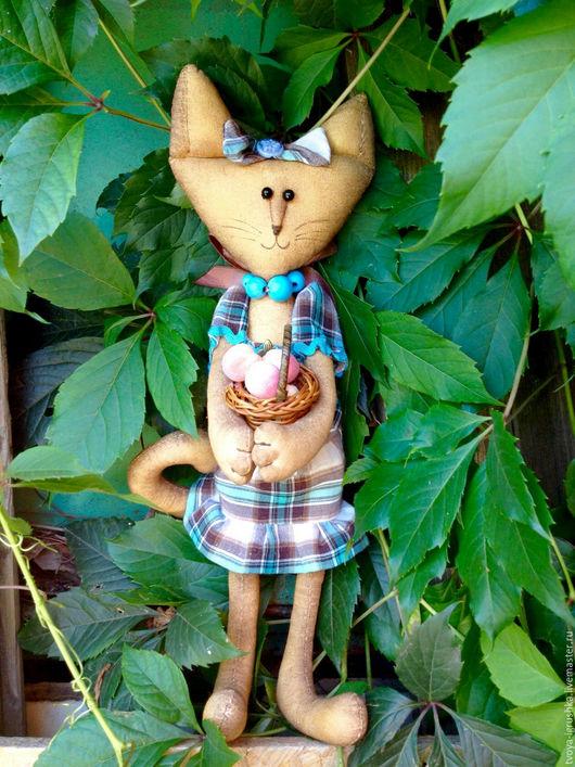 Игрушки животные, ручной работы. Ярмарка Мастеров - ручная работа. Купить Кофейная кошка Изольда Марковна с персиками. Handmade. Голубой