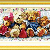 """Наборы для творчества ручной работы. Ярмарка Мастеров - ручная работа Набор вышивки крестиком """"Плюшевые медведи"""". Handmade."""