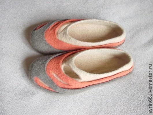 """Обувь ручной работы. Ярмарка Мастеров - ручная работа. Купить Тапочки """"Марципан"""". Handmade. Тапочки валяные, тапки валяные"""