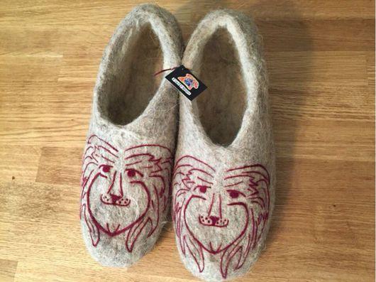 """Обувь ручной работы. Ярмарка Мастеров - ручная работа. Купить Тапочки """"Львы"""". Handmade. Валяние, валяные тапочки, львы"""