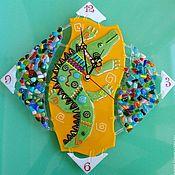 Часы классические ручной работы. Ярмарка Мастеров - ручная работа Часы настенные из стекла. Африканский стиль фьюзинг. Вдоль по Нилу. Handmade.