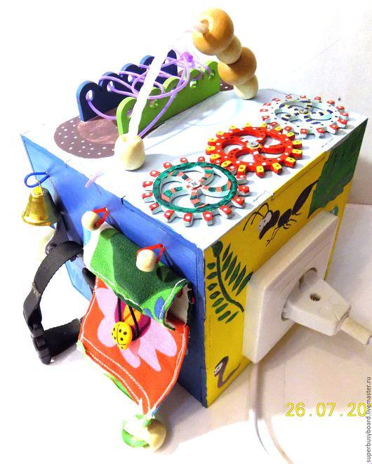 """Развивающие игрушки ручной работы. Ярмарка Мастеров - ручная работа. Купить Бизиборд """"Малыш"""". Handmade. Комбинированный, бизиборды, Монтессори"""