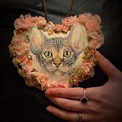 """Украшения ручной работы. Ярмарка Мастеров - ручная работа Украшение """"Сердце со сфинксом"""". Handmade."""