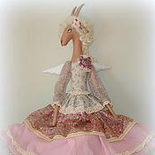Куклы и игрушки ручной работы. Ярмарка Мастеров - ручная работа Барышня-козочка Адель - текстильная кукла. Handmade.