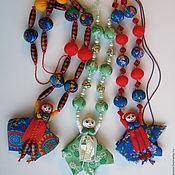 Украшения ручной работы. Ярмарка Мастеров - ручная работа Бусы текстильные с народной куколкой. Handmade.