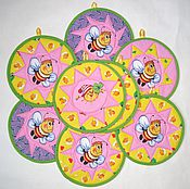 """Для дома и интерьера ручной работы. Ярмарка Мастеров - ручная работа Красивые кухонные прихватки """"Пчелки"""", подарки к праздникам. Handmade."""