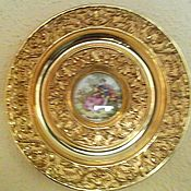 Винтаж handmade. Livemaster - original item Beautiful bronze wall plate with medallion. Handmade.