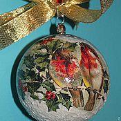 """Подарки к праздникам ручной работы. Ярмарка Мастеров - ручная работа Новогодний шар """"Снегири"""" (диаметр 12 см). Handmade."""
