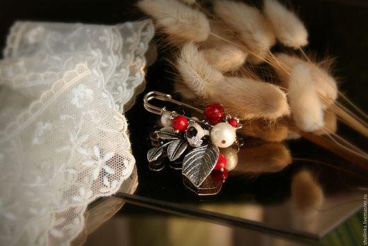 """Броши ручной работы. Ярмарка Мастеров - ручная работа. Купить Брошь булавка на шарф """"Пятнышки"""". Handmade. Комбинированный, булавка декоративная"""