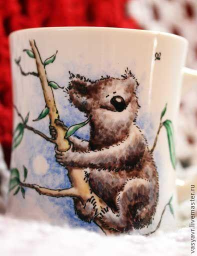 Кружки и чашки ручной работы. Ярмарка Мастеров - ручная работа. Купить Коала и мотылек. Handmade. Коала, медведь, забавный зверек