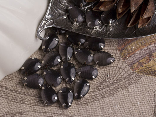 Для украшений ручной работы. Ярмарка Мастеров - ручная работа. Купить Стразы в цапах шелковые капля 14х10мм Антрацит. Handmade.