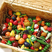 Куклы и игрушки ручной работы. Ярмарка Мастеров - ручная работа Набор 60 шт. - Миниатюрные овощи, фрукты, ягоды. Handmade.