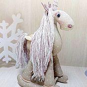Мягкие игрушки ручной работы. Ярмарка Мастеров - ручная работа Интерьерная лошадка. Handmade.