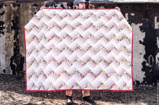 """Текстиль, ковры ручной работы. Ярмарка Мастеров - ручная работа. Купить Лоскутное одеяло """"Тропинка"""". Handmade. Розовый, лоскутное покрывало"""