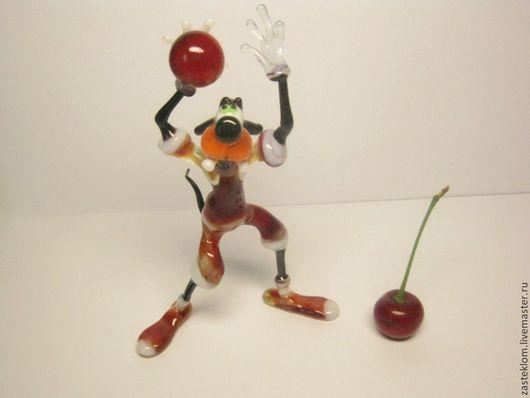 Миниатюрные модели ручной работы. Ярмарка Мастеров - ручная работа. Купить Гуфи - спортсмен, стеклянная фигурка.. Handmade. Разноцветный, лемпворк