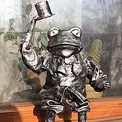 """Куклы и игрушки ручной работы. Ярмарка Мастеров - ручная работа Кукла - сувенир """"Лягух - джентельмен"""". Handmade."""