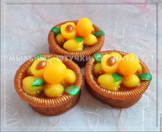 """Мыло ручной работы. Ярмарка Мастеров - ручная работа. Купить Мыло """"Лукошко с абрикосами"""". Handmade. Оранжевый, лукошко с абрикосами, мыло"""