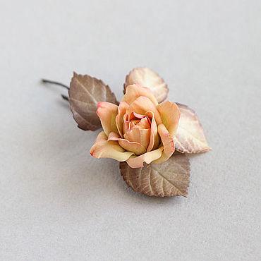 Украшения ручной работы. Ярмарка Мастеров - ручная работа Розочка оранжевая с бежевым, небольшая брошь из фоамирана. Handmade.