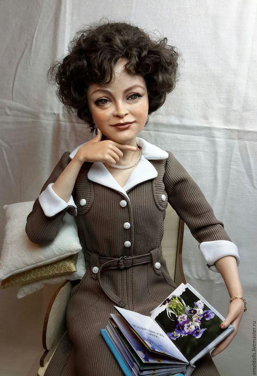 Портретные куклы ручной работы. Ярмарка Мастеров - ручная работа. Купить Учительница первая моя. Handmade. Бежевый, подарок для женщины