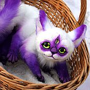Куклы и игрушки ручной работы. Ярмарка Мастеров - ручная работа полтора фиолетового кота. Handmade.