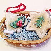 Подарки к праздникам ручной работы. Ярмарка Мастеров - ручная работа Сувенир-подвеска с предсказанием. Handmade.
