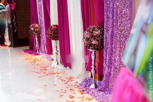 Стойка для свадебных цветочных композиций.Высота 45 см, 73 см.Аренда 500 руб/шт, продажа от 2000 труб/шт