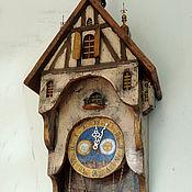 Часы со шпилем