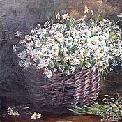 Картины и панно handmade. Livemaster - original item Oil painting still life Basket with daisies. Handmade.