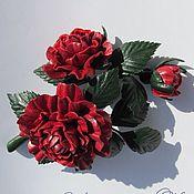 Украшения ручной работы. Ярмарка Мастеров - ручная работа Брошь из кожи Веточка красной розы 2. Handmade.