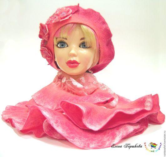 Комплект валяный розовый - берет и шарф с воланами купить на Ярмарке Мастеров, мокрое валяние сезон весна-осень