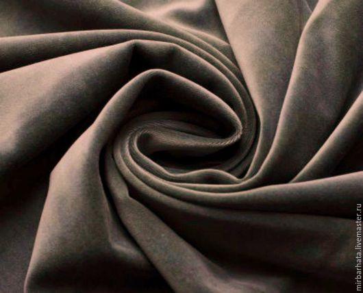 Бархат натуральный. Производство Италия. Ширина ткани - 135 см. Состав ткани - 95% СО, 5%ЕА Стоимость 23 $ за погонный метр.