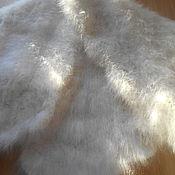 Аксессуары ручной работы. Ярмарка Мастеров - ручная работа Косынка из кроличьего пуха белая. Handmade.