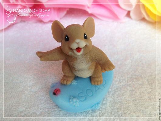 """Мыло ручной работы. Ярмарка Мастеров - ручная работа. Купить """"Мышонок на мыле"""", мыло ручной работы. Handmade. Комбинированный"""
