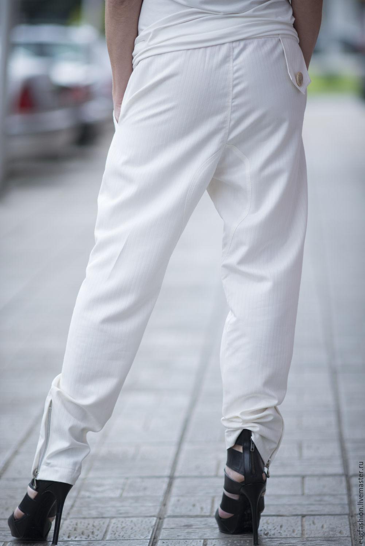 Белые брюки с доставкой
