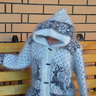 """Одежда ручной работы. Ярмарка Мастеров - ручная работа Толстовка """" Северный Олень"""" с капюшоном пуховый. Handmade."""